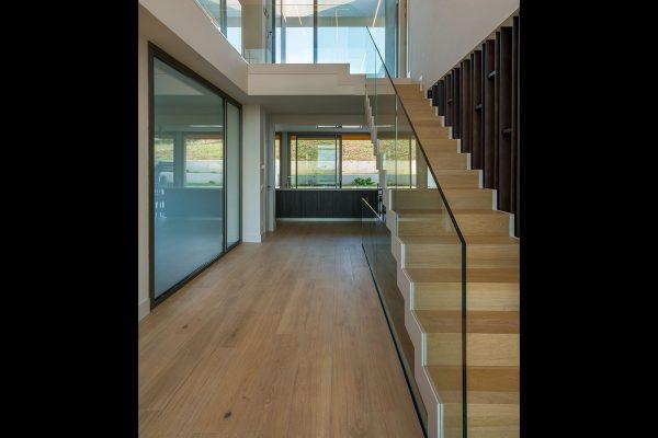 Recubrimiento escalera en madera